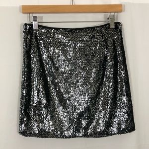 Forever 21 Black and Silver Sequin Mini Skirt M